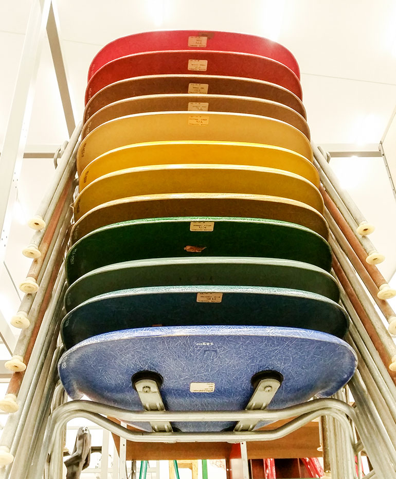 vitra-chairs-colours